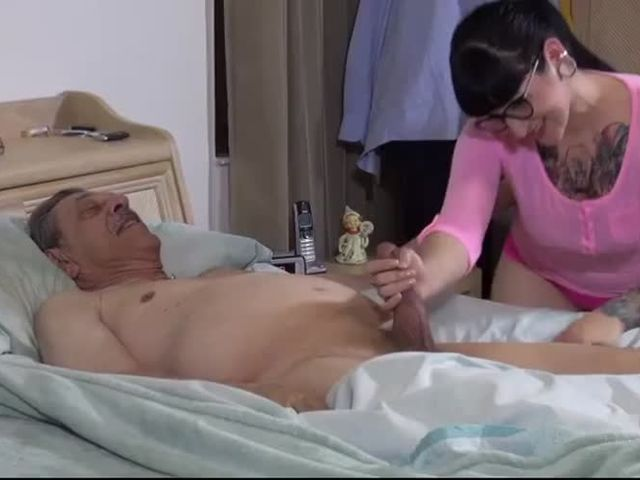after grandpa (中出)creampied me