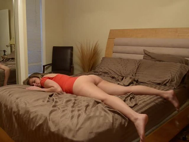 Katie Cummings  Im Sooo Drunk Little Brother Massage My Feet Please PIRTE.mp4