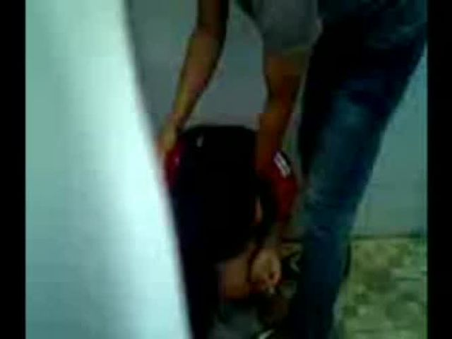 Horrible  Crying Girl Forced by 4 Guys in a Bathroom   The YNC.com   UNDERGROUND.flv