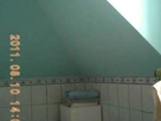 hidden cam shower vids-amaing teen at