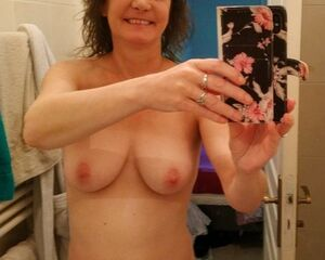 some selfies that I sent to my french fans