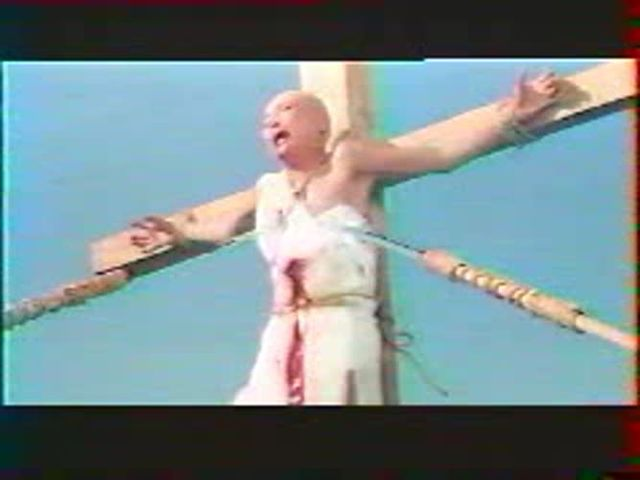(Snuff) Women impalement execution from movie.avi