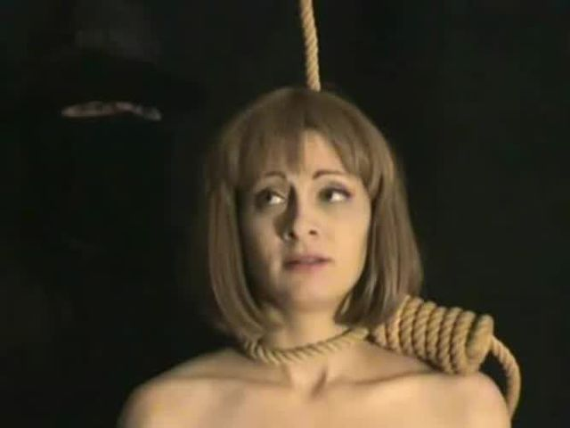 Sarah michelle gellar tied and gagged