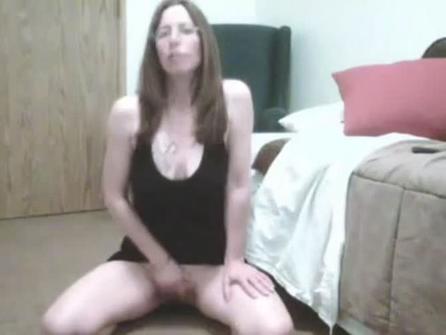 Mother masturbates for her son on webcam | MOTHERLESS.COM ™
