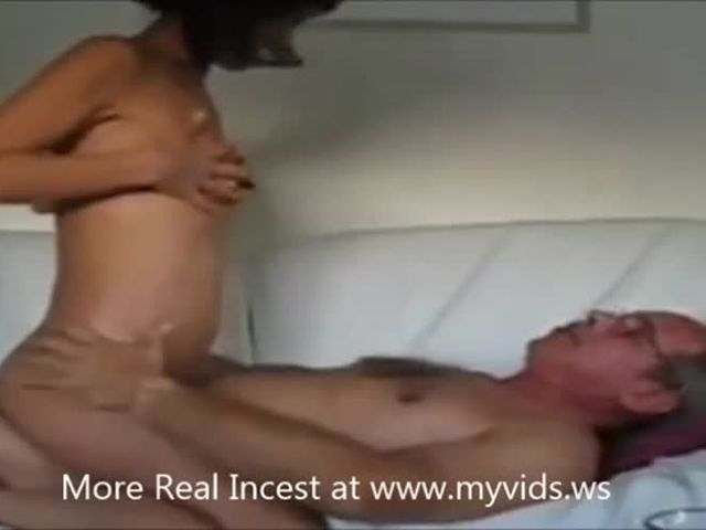 Family Sex With My Older Daughter at myvidsws Real hq porn PornTubeMovs.flv