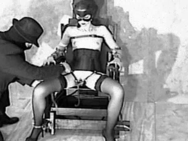 Sue, Strom and the electric chair->