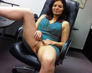 Office milf up skirt