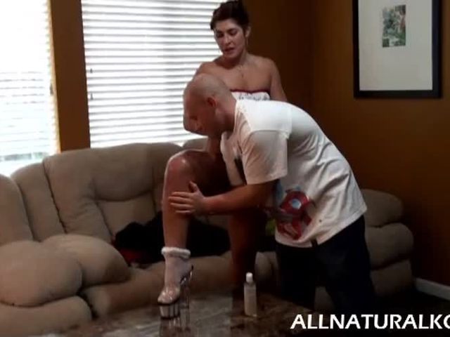 R wanting wife to spank me