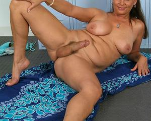 Women with large cocks