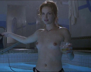 fake charlize theron nude photos