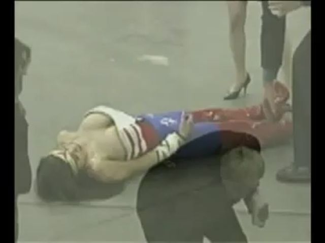 Wonder Woman Captured Fucked and Killed By Gorilla
