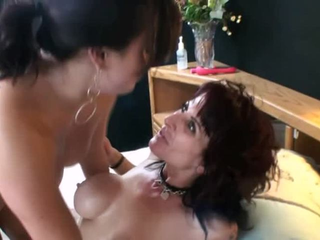 Mother and Daughter Taboo Sex at Photoshoot->