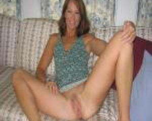 the luv of sexy moms