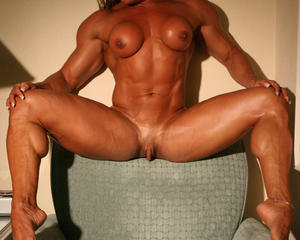 Muscular female clit
