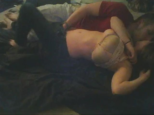 Amateur couple get caught on webcam at night 2