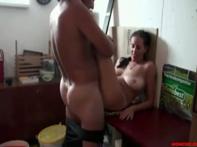 Big-tit sister fucked by brother-Look at those tits.mp4