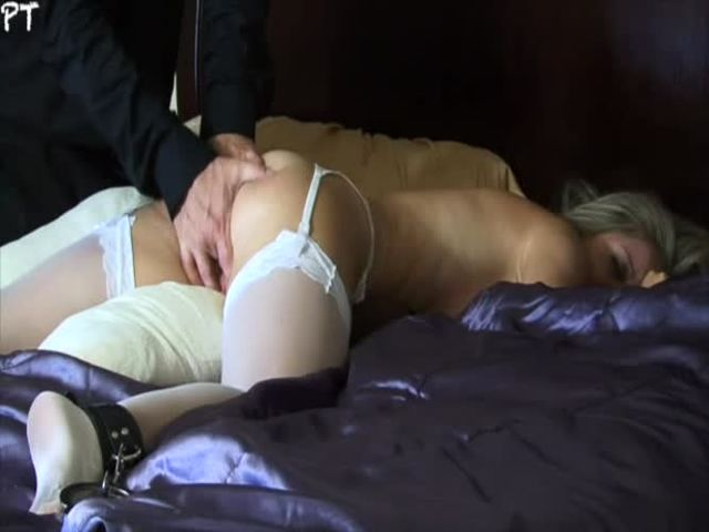 hot blonde raped and strangled by two guys