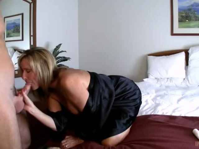 Mature couple for mmf