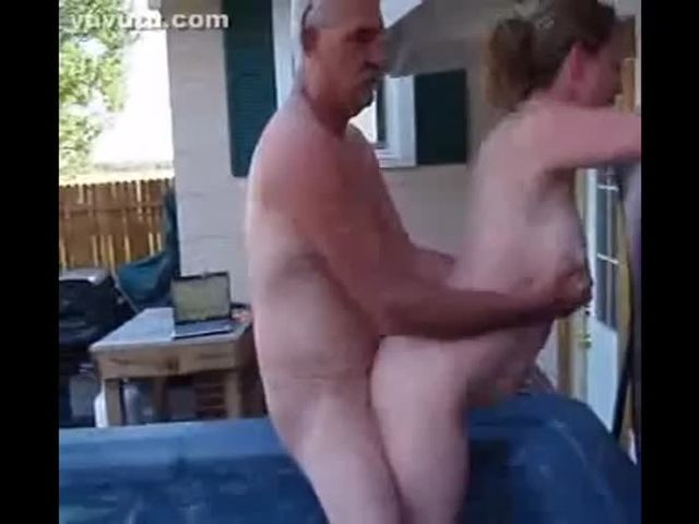 Amateur Friend Fucks Wife