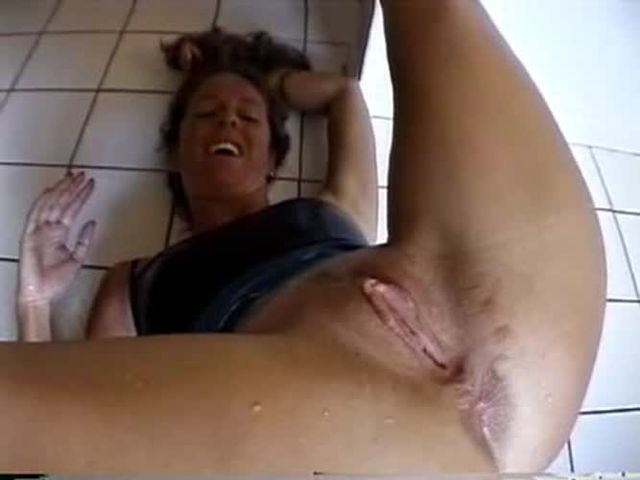 girls pissing on there self