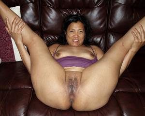 Naked mature women bellies