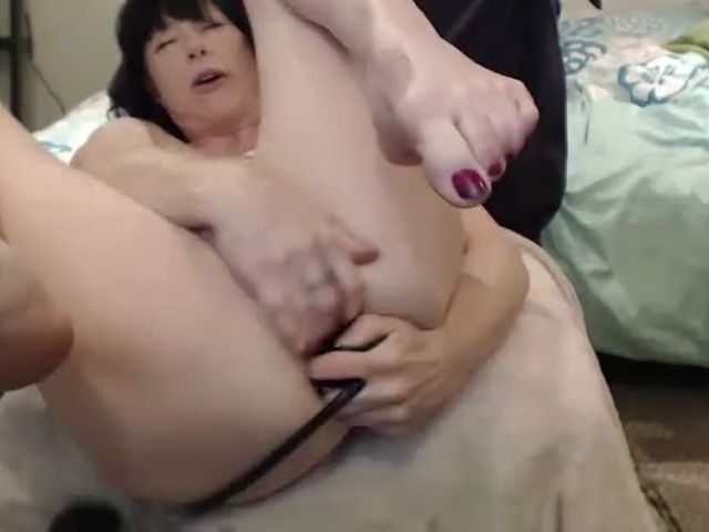 Dirty Garden Girl - Extreme Anal - Prolapse, gape